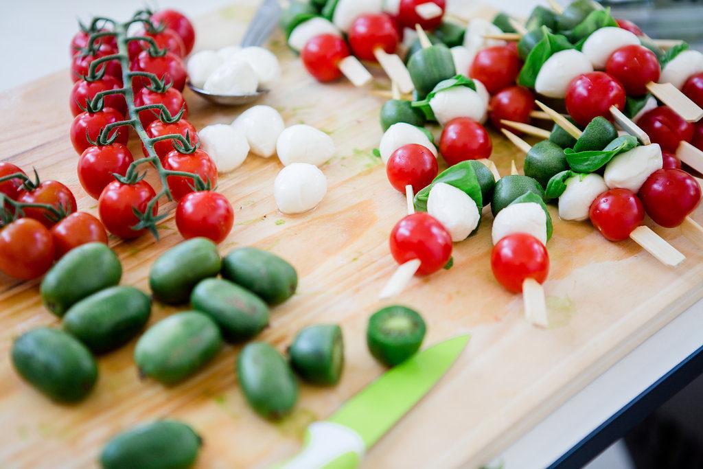 Tomate-Mozzarella-Spiesse mit NERGI